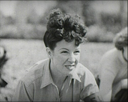 A black and white still image from Start a Land Club (1942)