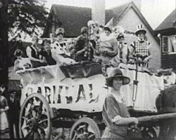 A still from [A 'Capitol' Newsreel by Clifford Spain III] (1927-1934) showing a carnival float