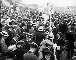 A still from The Nineteen Thirteen Derby at Epsom (1913) showing crowds at the Derby