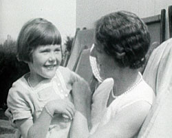 A still from 'Summer 1929' showing a mother and daughter