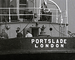 A still from [Wandering Round the Harbour] (1950s)