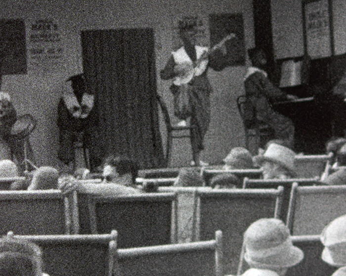 A still from [Uncle Mack�s Minstrel Seaside Show] (1927)