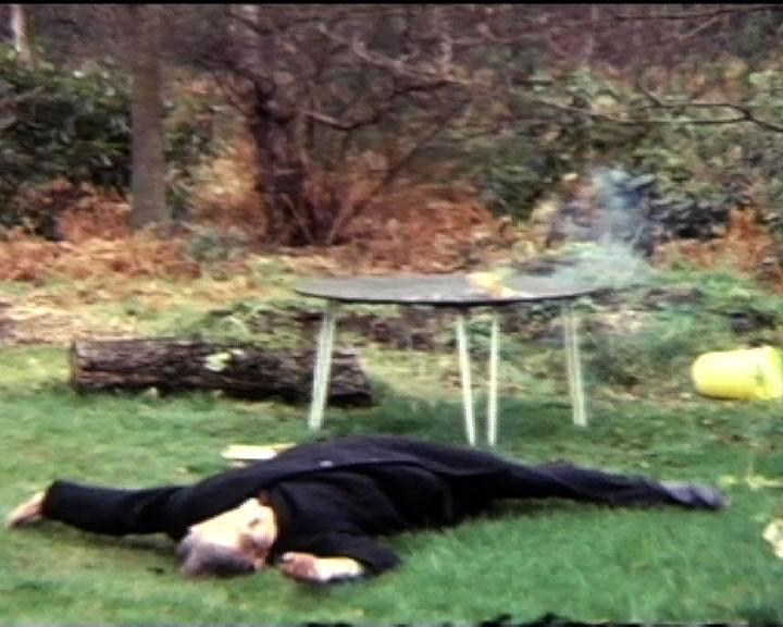 A still from Panic Post (1974)