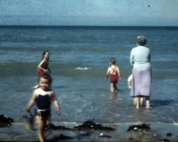 [Bathing at Botany Bay; Children] (1948-1950)