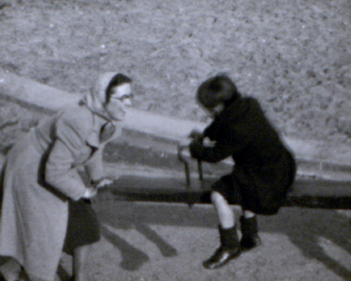 A still from [Children at Seaford] (1939)