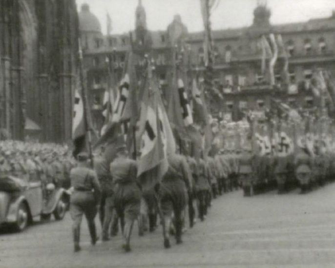 [Crowd; Cologne; Wreaths; SS Top; Football Match; Parade] (1930s)
