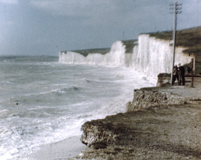 a still from Eastbourne and Battle (1946)