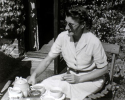 [Family at the Seaside; Tea in the Garden] (1930s)